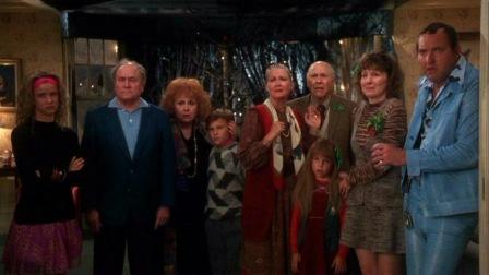 National Lampoon's Christmas Vacation (1989) starring Chevy Chase, Beverly D'Angelo and Randy ...